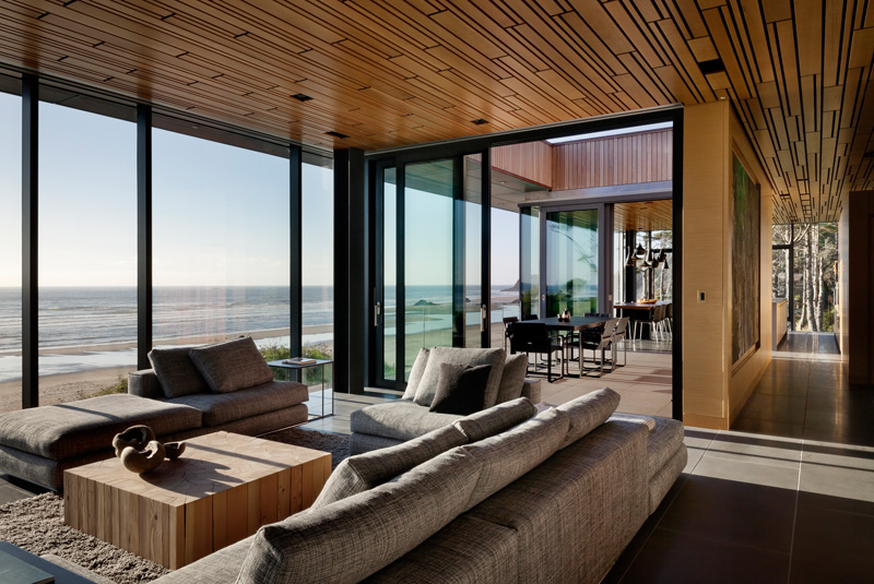 Finley Beach House - A Transparent Beachfront Residence By ...