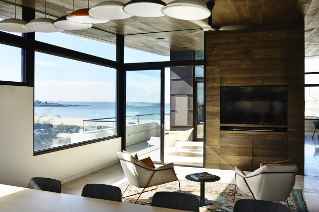 The Stunning Williamstown Beach Residence by Steve Domoney Architecture in Australia