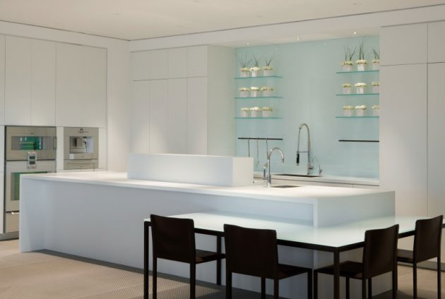 15 Glamorous Penthouse Kitchen Designs That Will Catch Your Eye