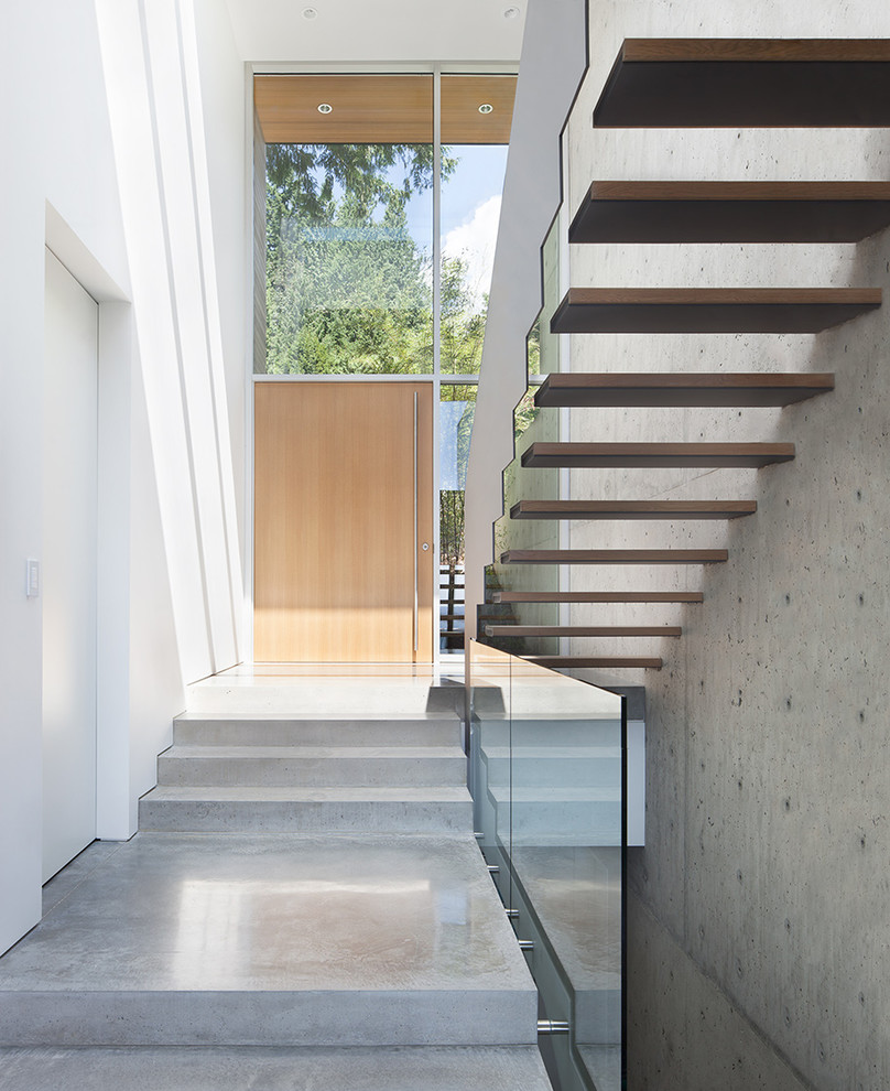 Modern Entryway: 15 Beautiful Modern Foyer Designs That Will Welcome You Home