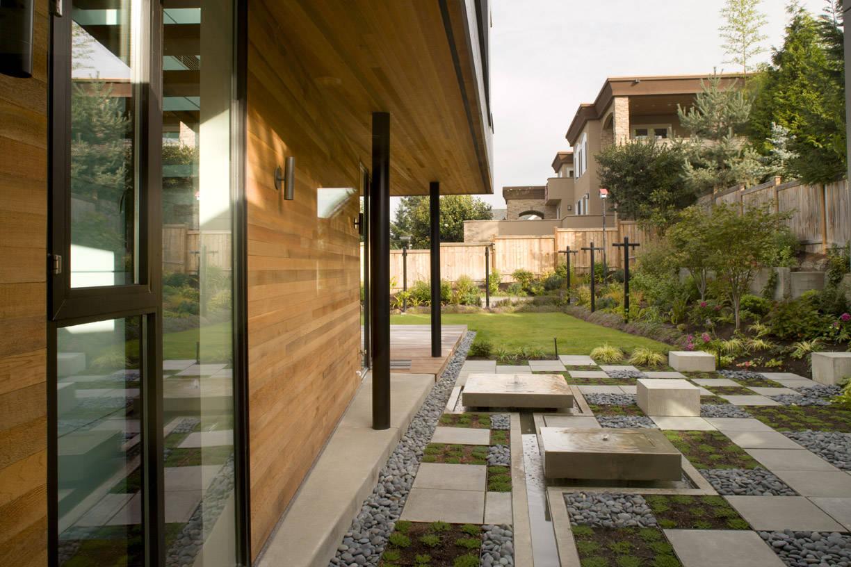 16 Delightful Modern Landscape Ideas That Will Update Your