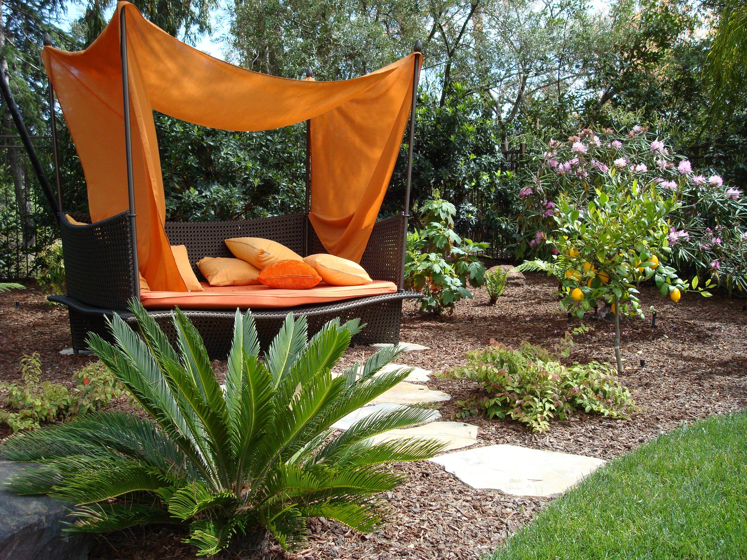 16 Delightful Modern Landscape Ideas That Will Update Your ... on Small Landscape Garden Ideas id=39110