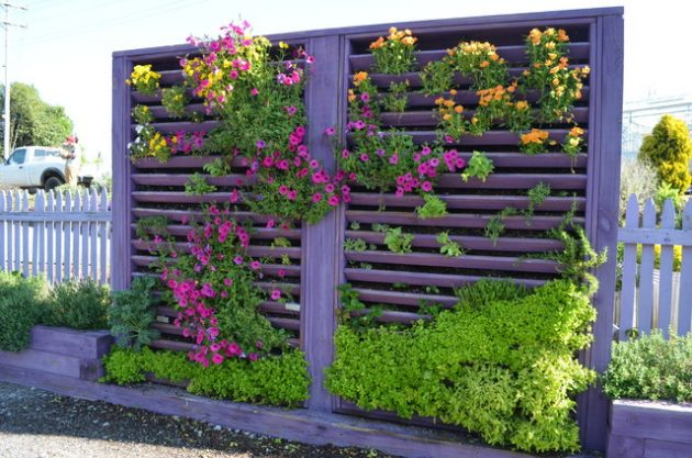17 stunning vertical garden designs that are worth seeing for Vertical garden design