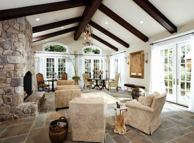 vaulted ceiling living room. 17 Charming Living Room Designs With Vaulted Ceiling