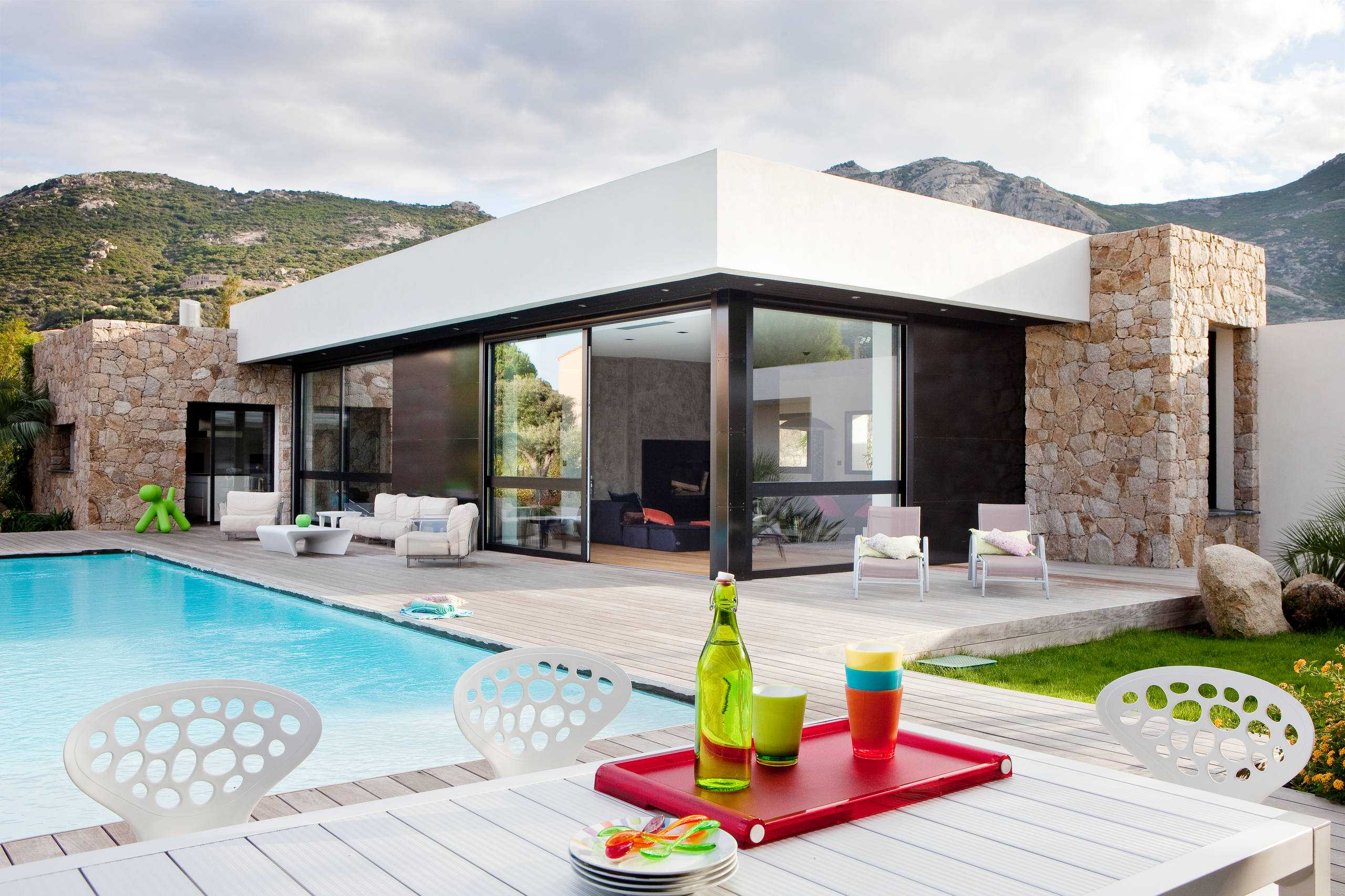 18 Spectacular Modern Patio Designs To Enjoy The Outdoors on Modern Patio Design Ideas id=86114