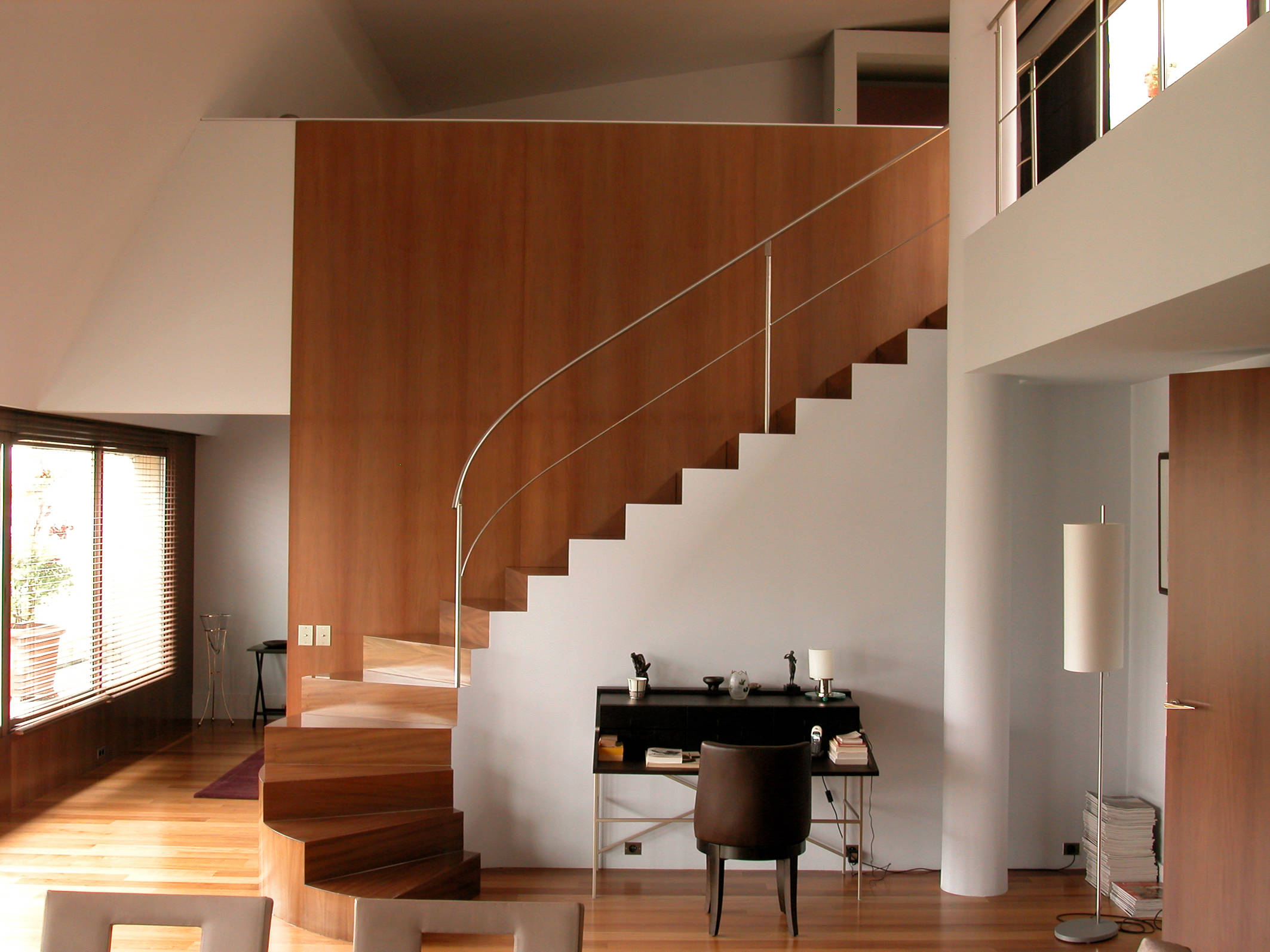 Astonishing Modern Staircase Designs Youll Instantly Fall For - Home staircase designs