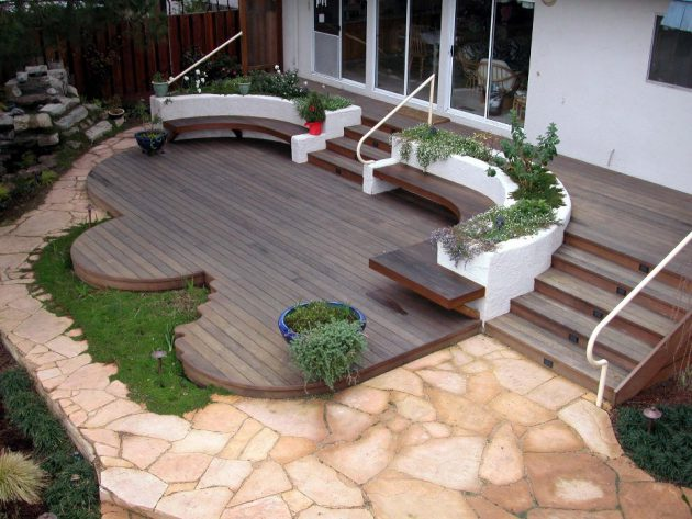 17 Fascinating Backyard Deck Designs That Will Catch Your Eye
