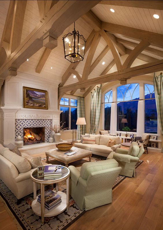 17 charming living room designs with vaulted ceiling for How to paint a vaulted ceiling room