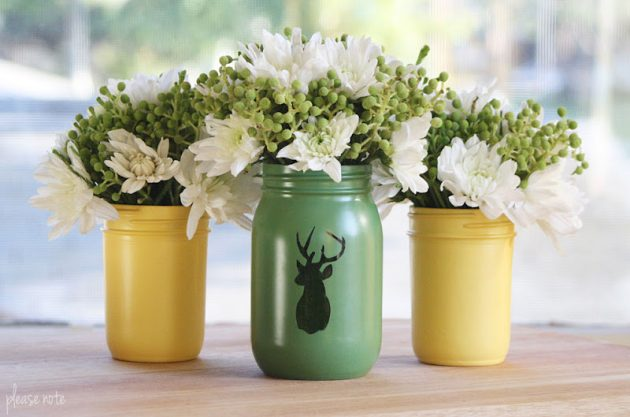 20 Cool & Easy Ideas For Creating DIY Mason Jars Vases