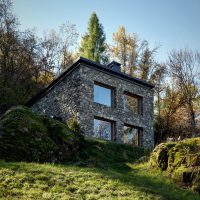 Casa Vi by EV+A Lab – A Compact Home In Italy