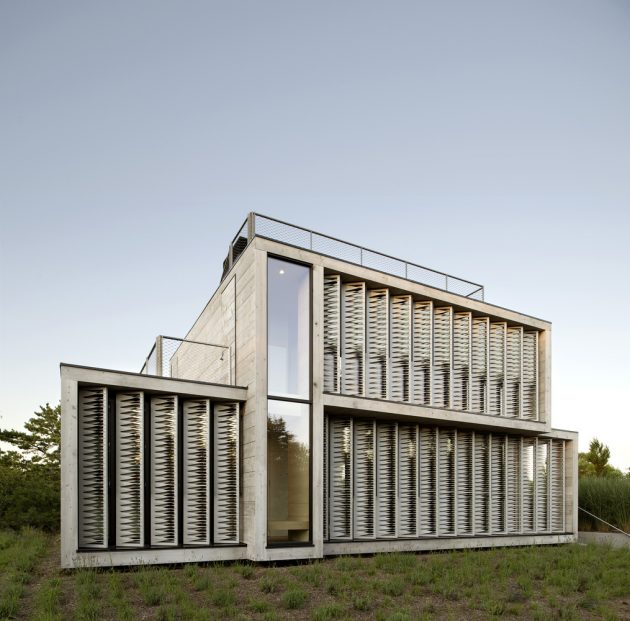 Strips Of Canvas Shade The Amagansett Dunes House By Bates Masi Architects