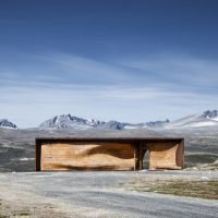 Tverrfjellhytta – A Norwegian Wild Reindeer Center Pavilion by Snøhetta