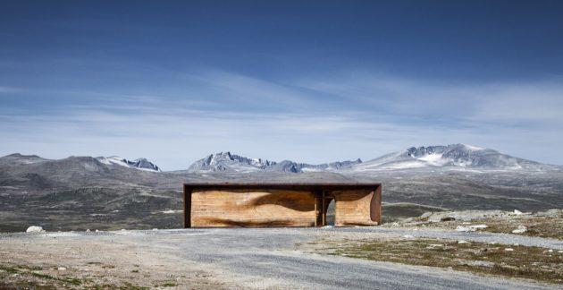 Tverrfjellhytta - A Norwegian Wild Reindeer Center Pavilion by Snøhetta
