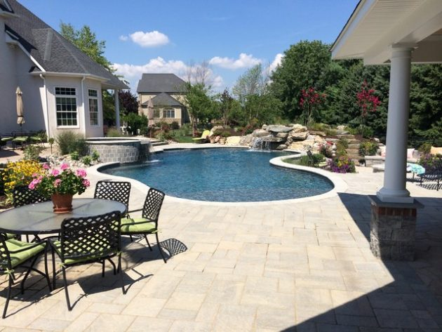 17 Outstanding Ideas For Choosing Swimming Pool For Your Yard