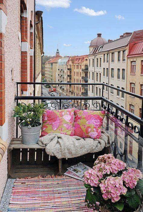 18 Fascinating Boho Chic Terrace Designs For Full Enjoyment This Summer