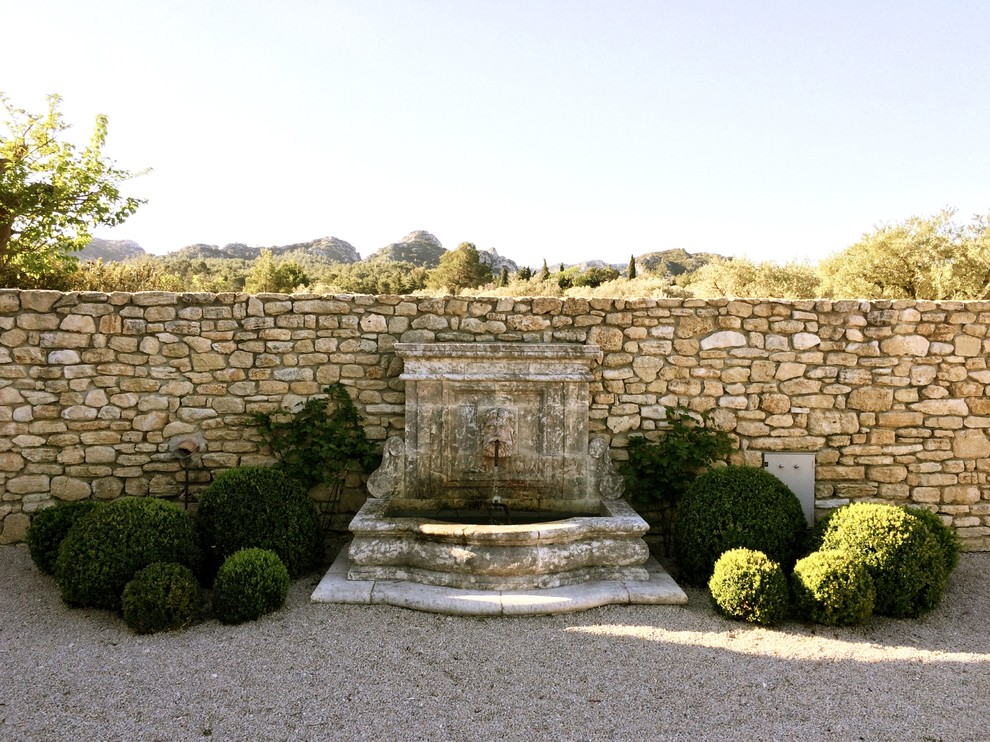 15 Refreshing Mediterranean Landscape Designs For A