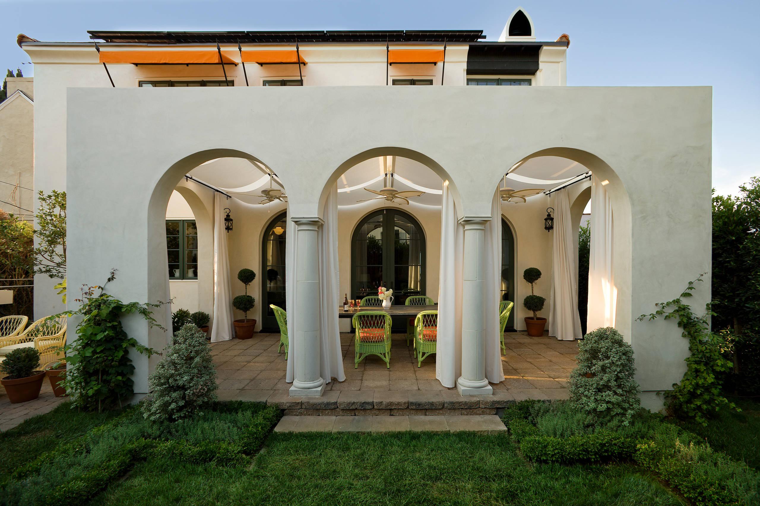 16 Beautiful Mediterranean Patio Designs That Will ... on Small Mediterranean Patio Ideas id=99282