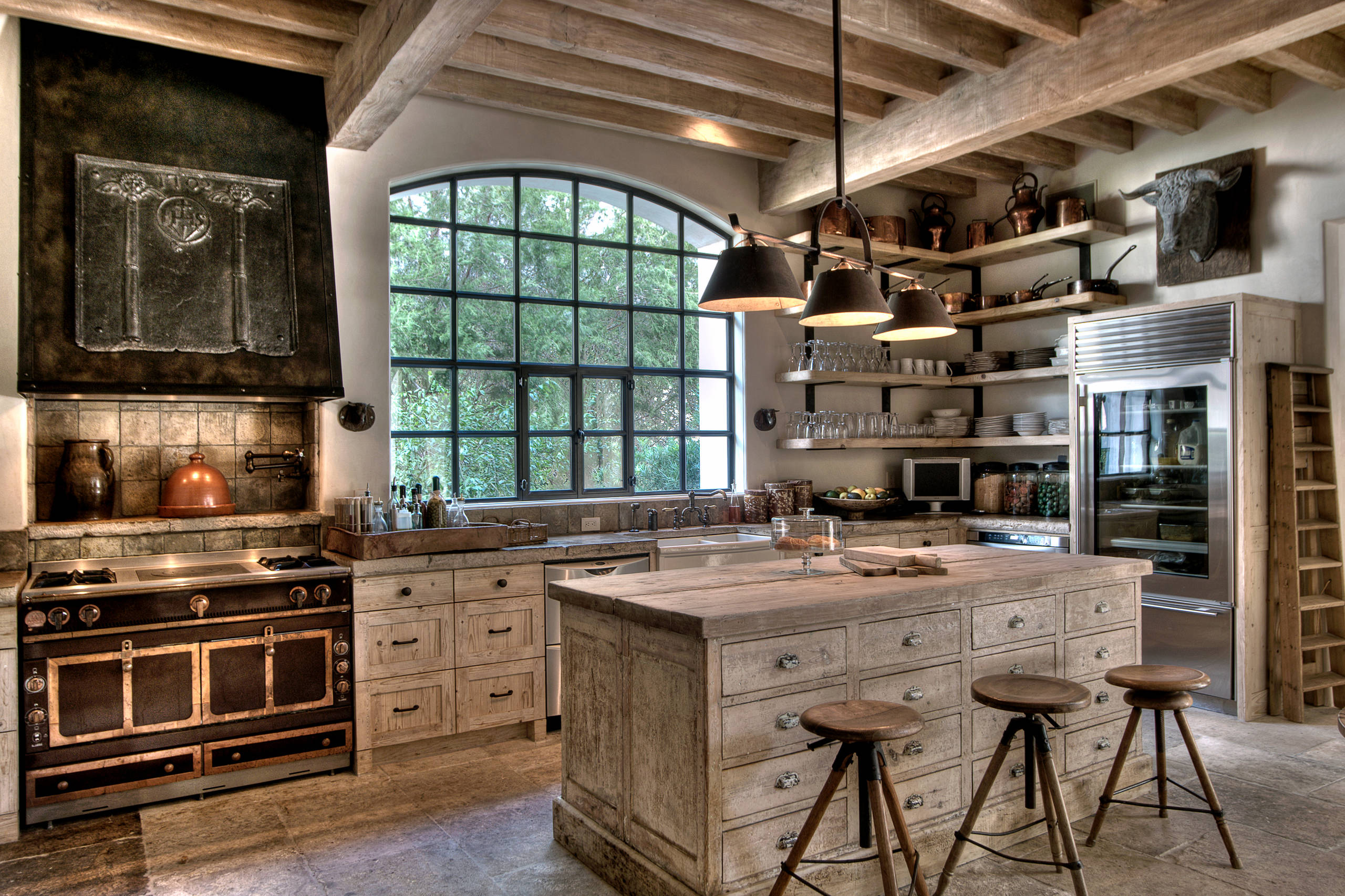 16 Charming Mediterranean Kitchen Designs That Will Mesmerize You