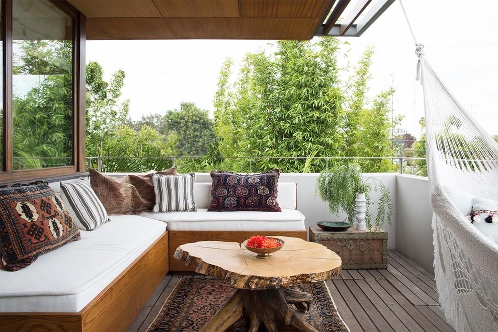 16 Good Looking Mediterranean Deck Designs For The Summer