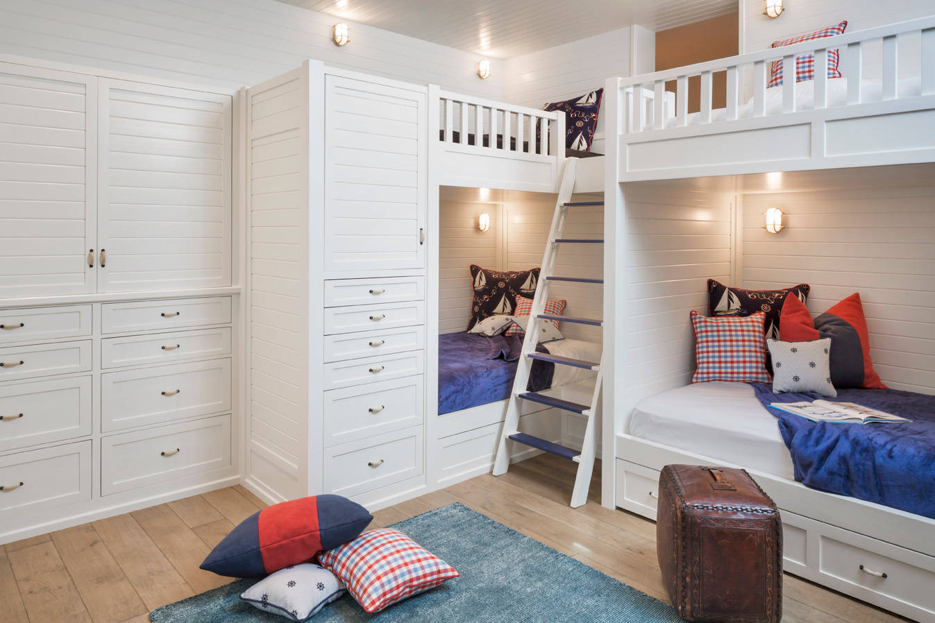 16 Lovely Mediterranean Kids' Room Designs For All Ages on Rooms For Teenagers  id=59352