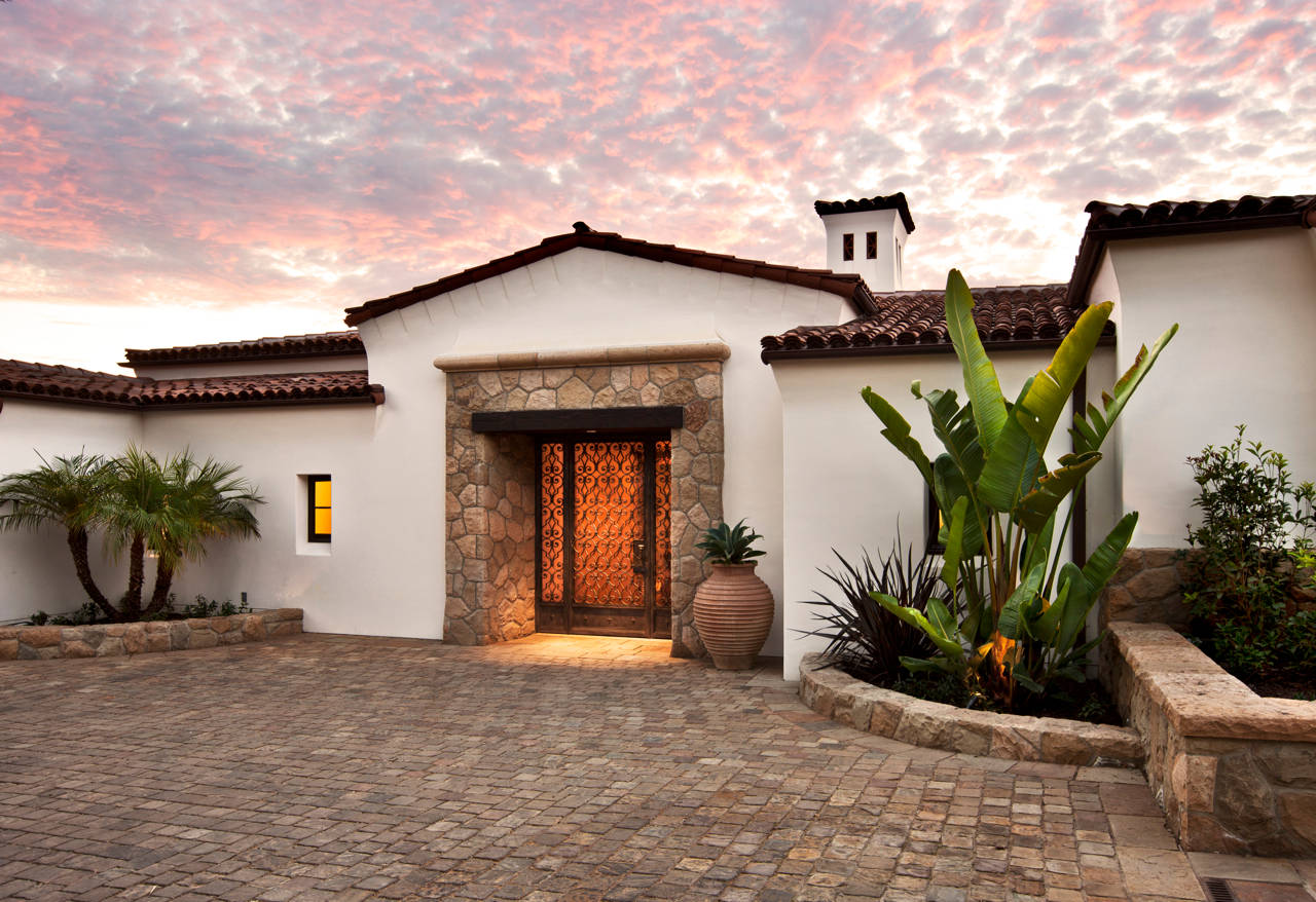 16 tempting mediterranean entrance designs that will stun you for Ranch entrance designs