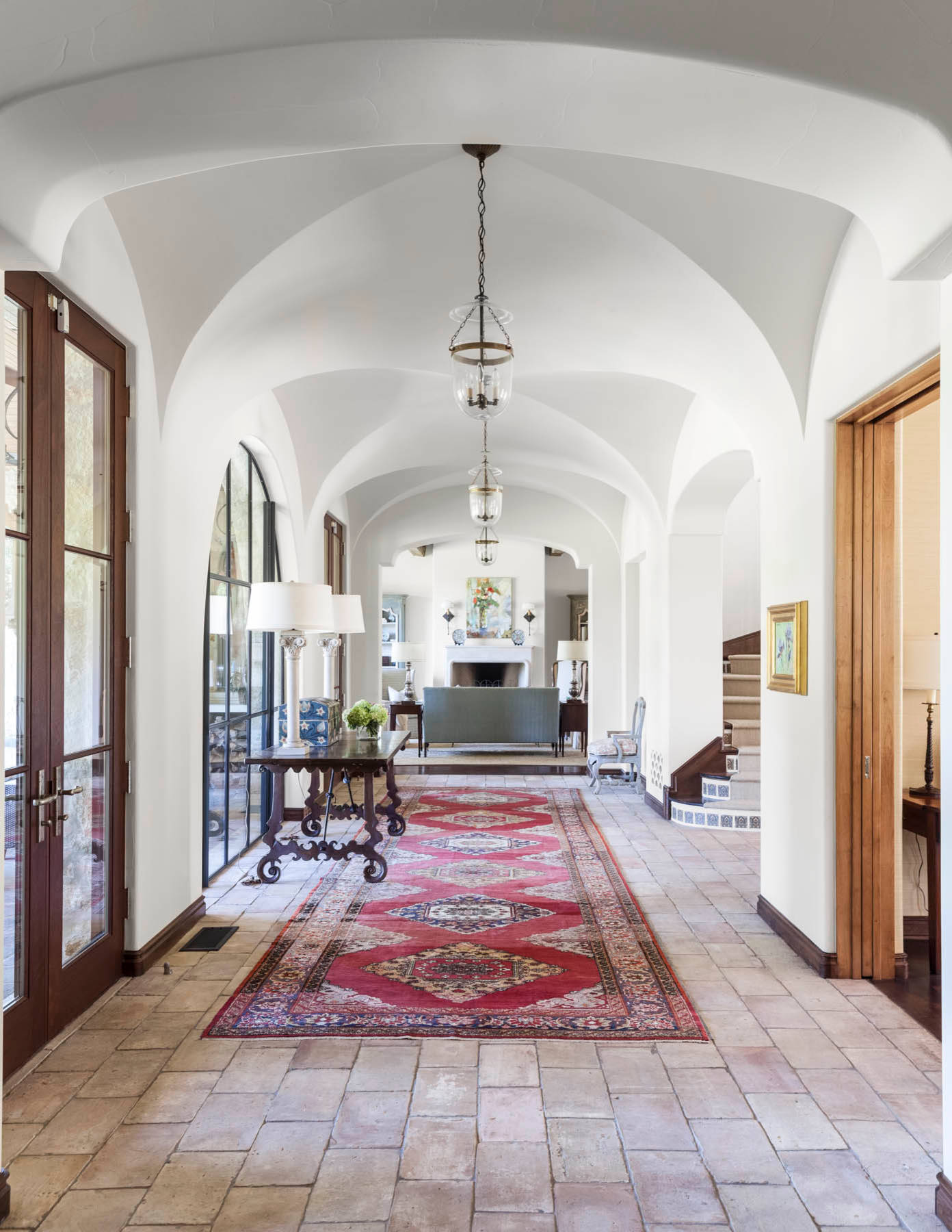 17 Magnificent Mediterranean Hallway Designs To Navigate Through ...