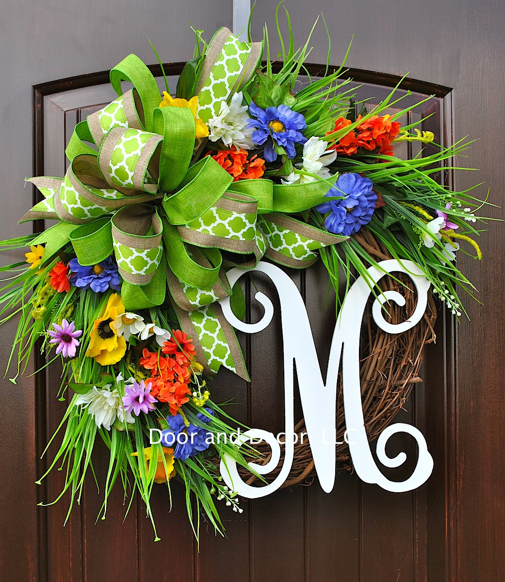 18 Whimsy Handmade Summer Wreath Designs For A Fun Welcome To Your