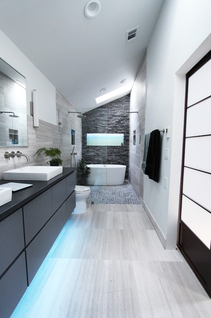 18 Divine Contemporary Bathroom Designs With Freestanding Bathroom That Will Admire You