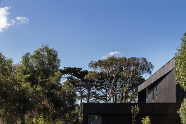 Bass Street Residence by B.E Architecture in Melbourne, Australia
