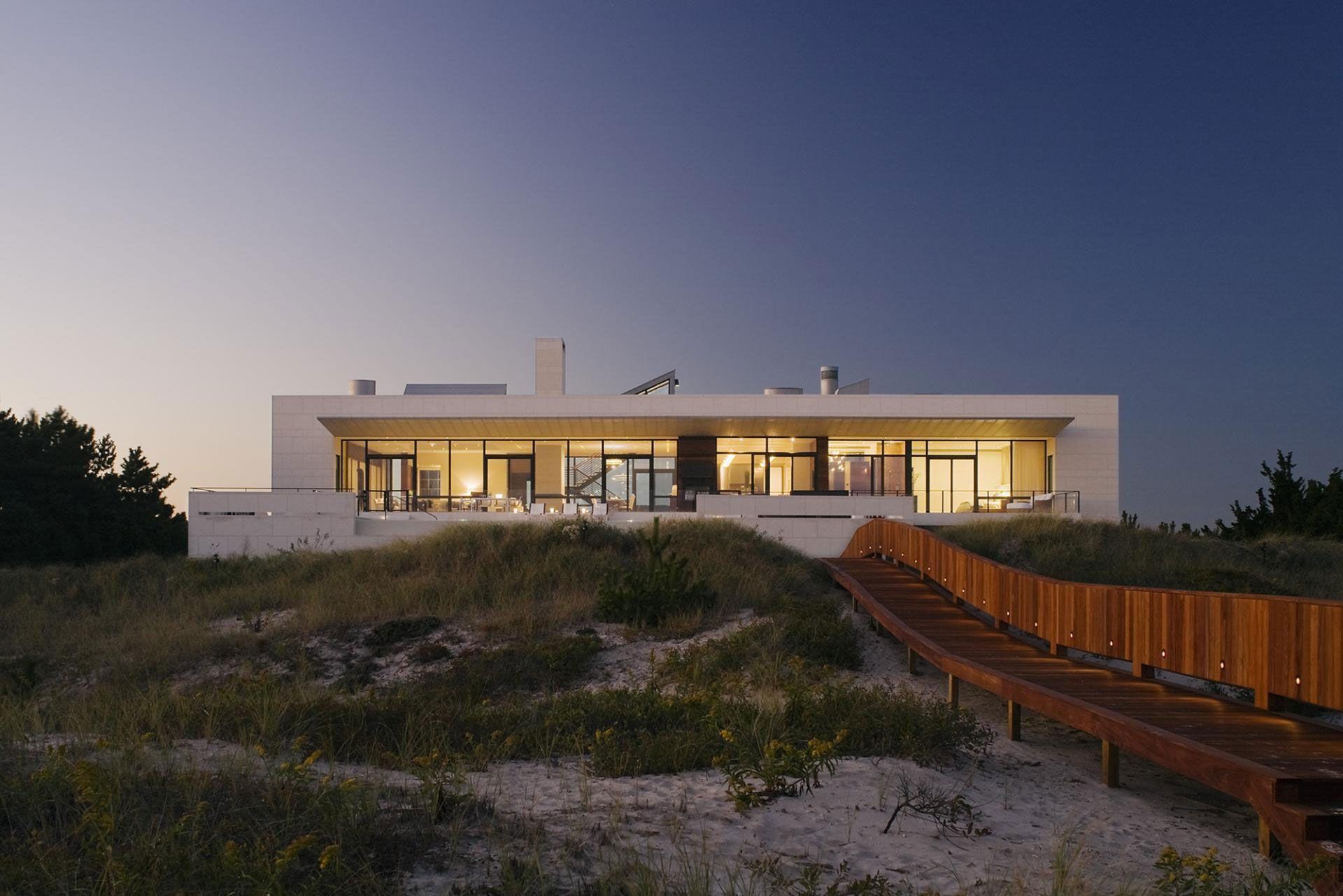 Southampton Beach House By Alexander Gorlin Architects In New York