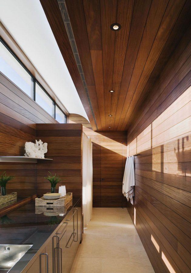 Southampton Beach House by Alexander Gorlin Architects in Southampton, New York
