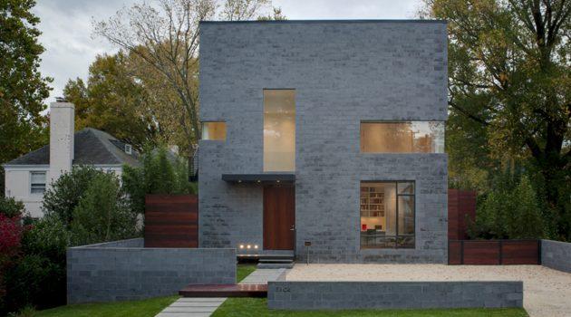 The Hampden Lane House by Robert Gurney Architect