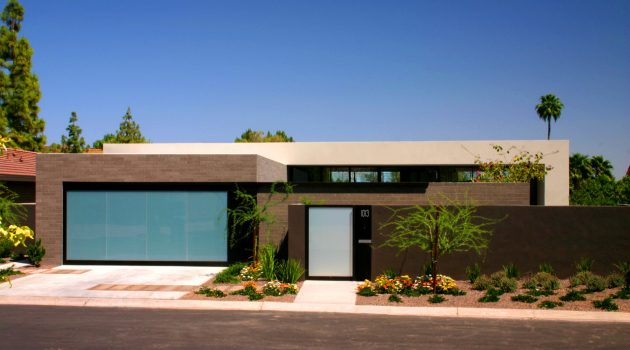 The Lake Residence by Architekton in Arizona