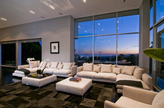 The Nightingale House by Marc Canadell In Hollywood Is All You Need