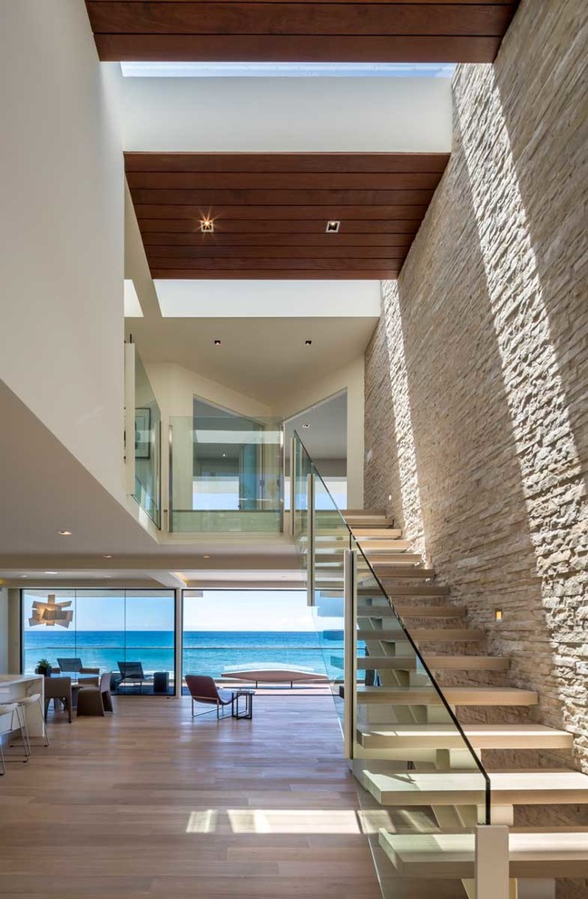 The Wave House by Architect Mark Dziewulski in Malibu ...