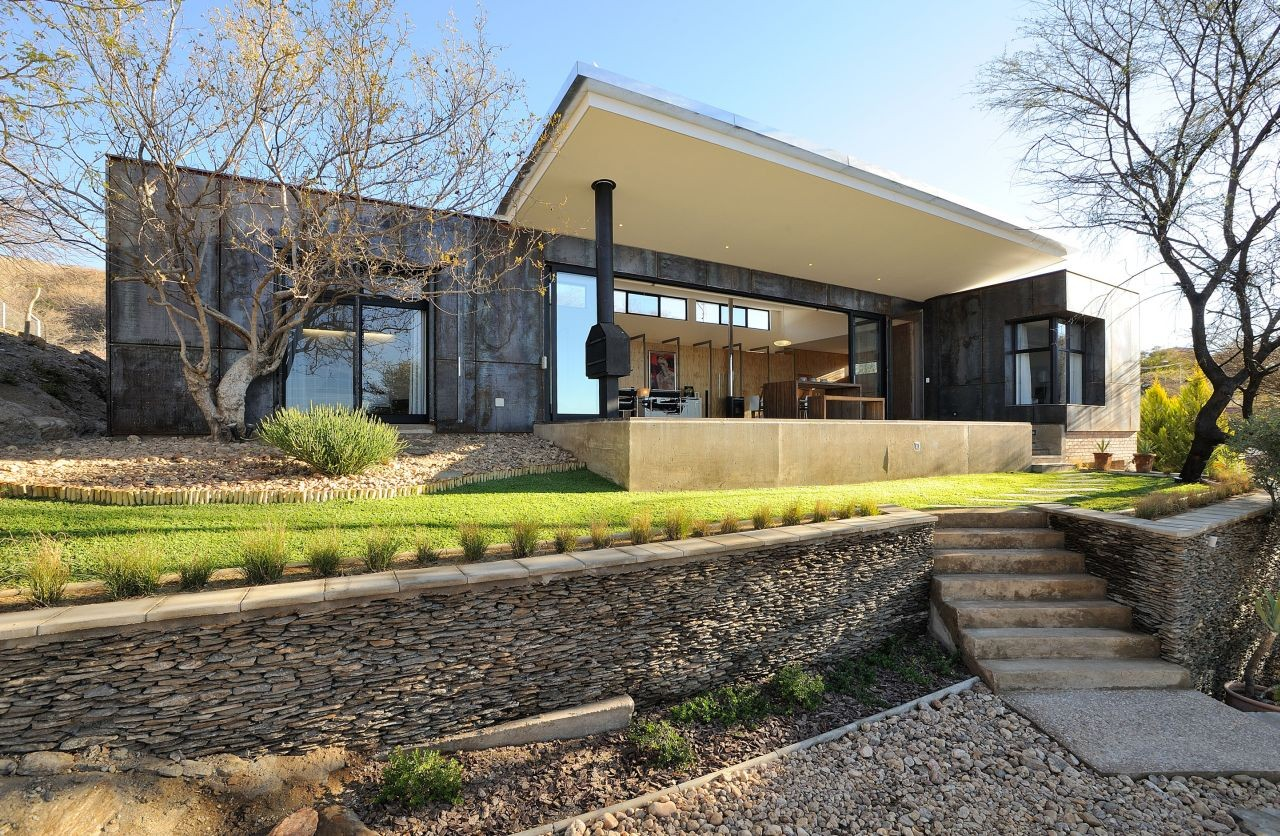 10 ossmann street residence by wasserfall munting for Kitchen designs namibia