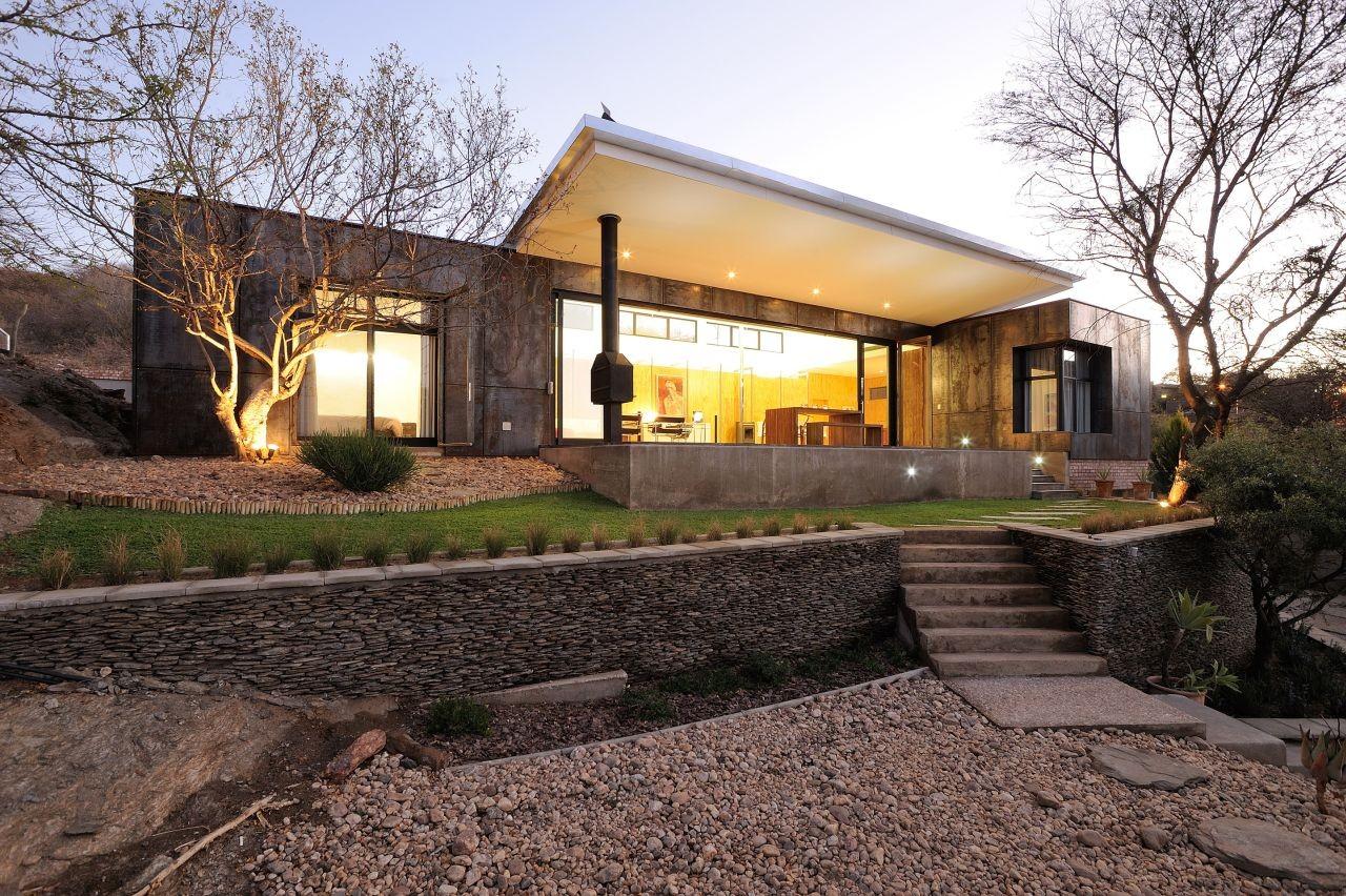 10 ossmann street residence by wasserfall munting - Casas de campo interiores ...