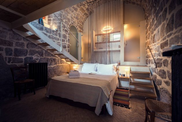 rustic bedroom daily interior design inspiration | 15 Wicked Rustic Bedroom Designs That Will Make You Want Them