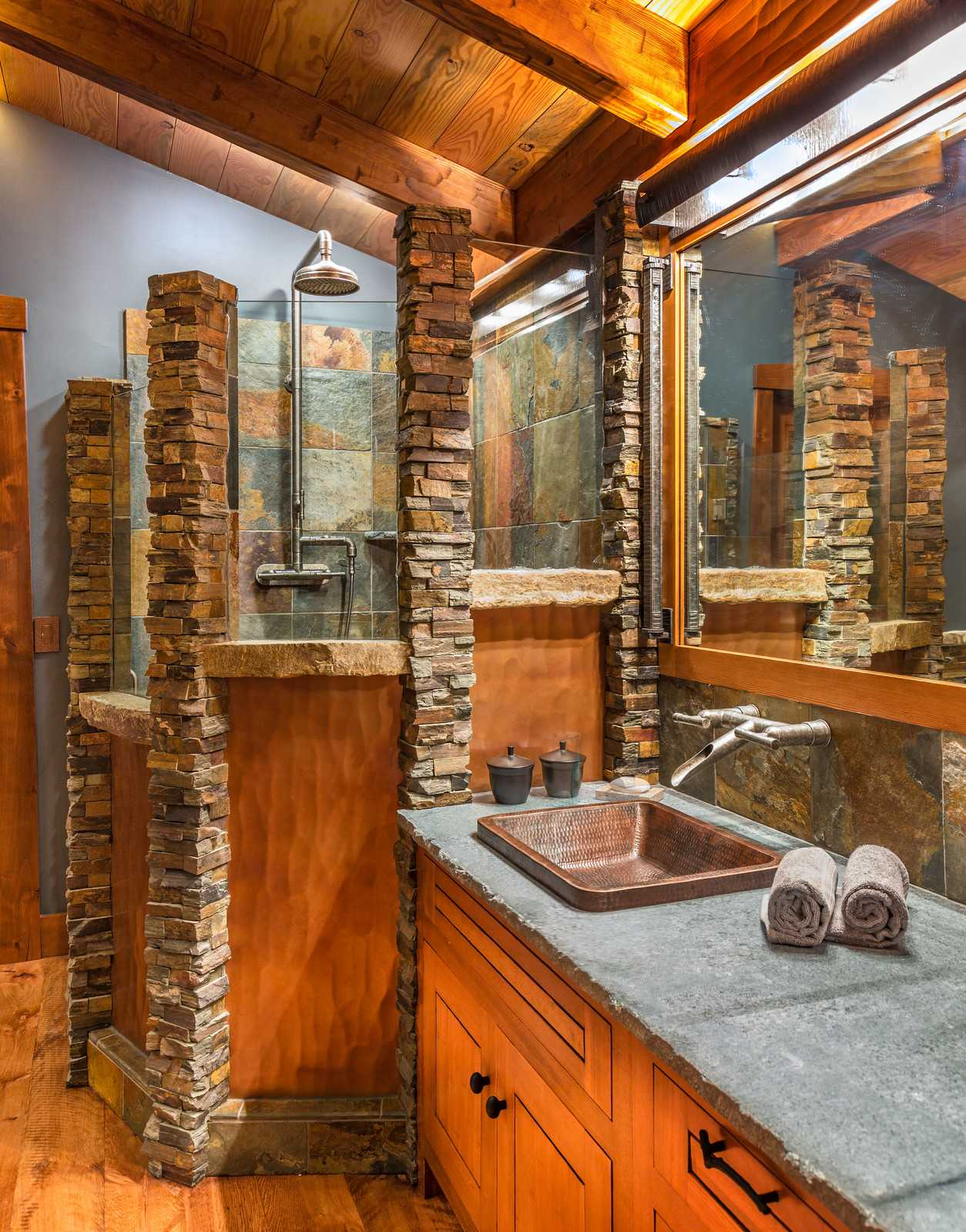 16 fantastic rustic bathroom designs that will take your breath away. Black Bedroom Furniture Sets. Home Design Ideas