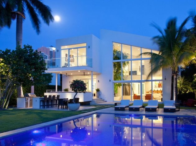 96 Golden Beach Drive by SDH Studio in Florida, USA