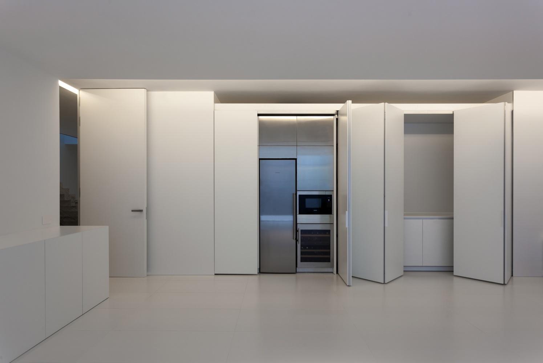 Aluminum house by fran silvestre arquitectos in madrid spain - Arquitectos interioristas madrid ...
