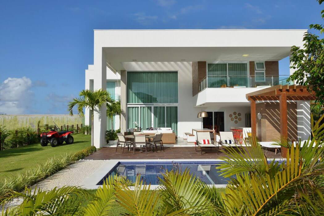 Bahia beach house by pinheiro martinez arquitetura in brazil for Alarme piscine home beach