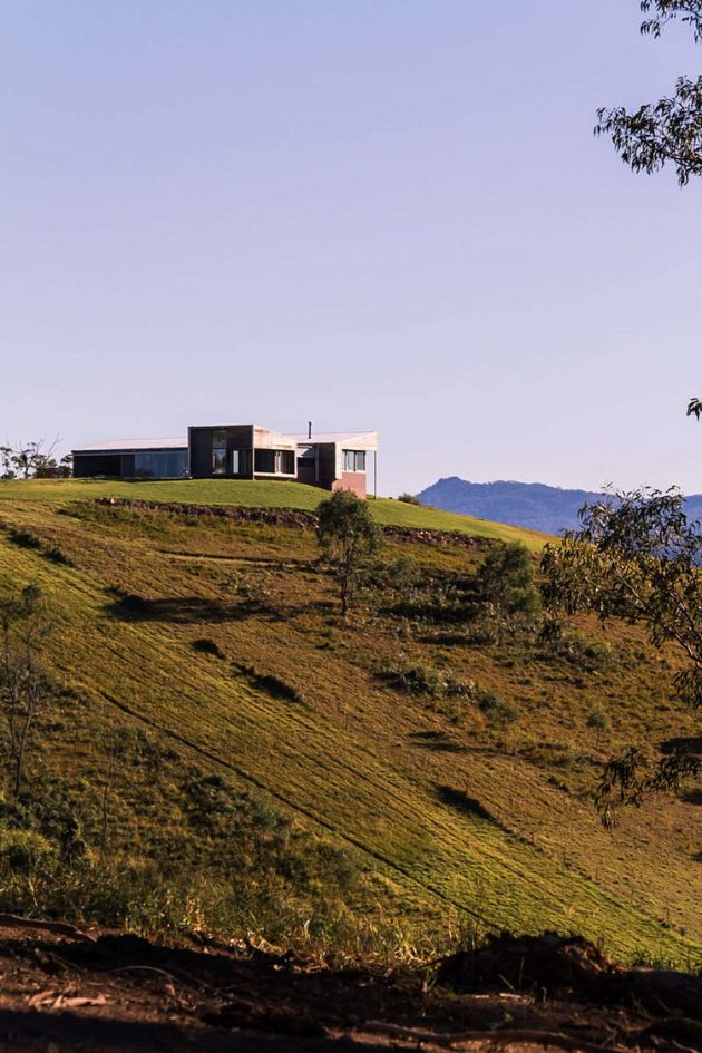 Benbulla House by Austin Mcfarland Architects in Australia