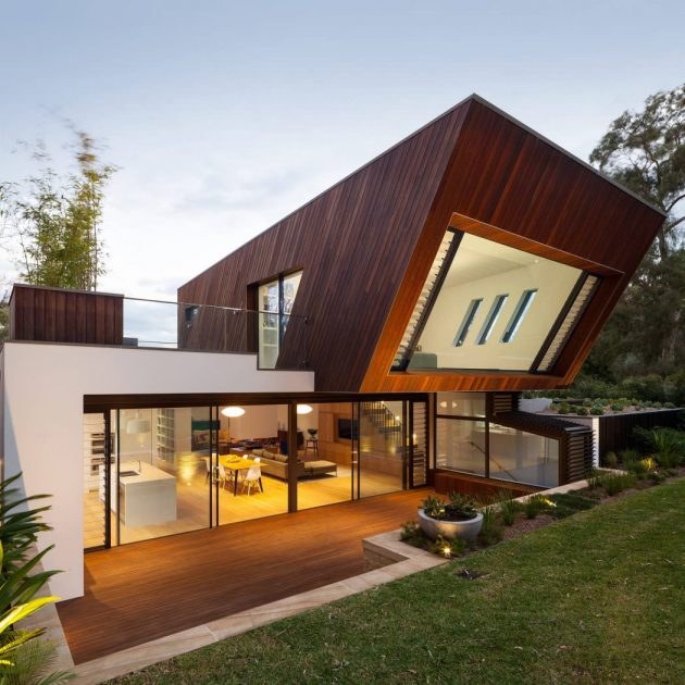 Castlecrag House by Greenbox Architecture in Sydney, Australia