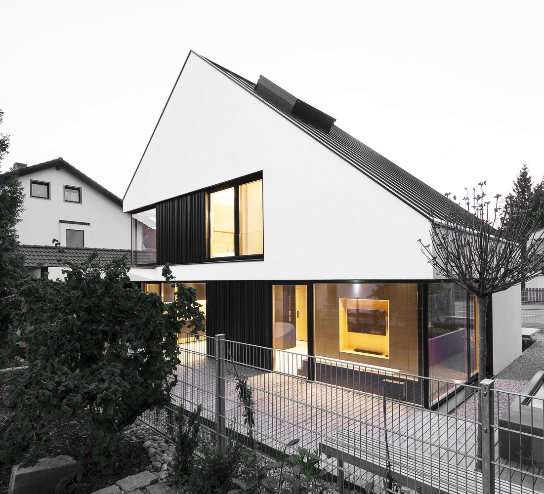 House b by format elf architekten in germany for Architekten in deutschland