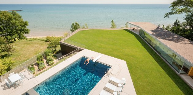 House to the Beach by Gluck+ in Chicago, United States