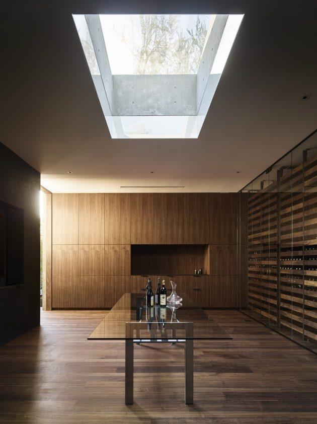 Oak Pass House by Walker Workshop in Beverly Hills, California