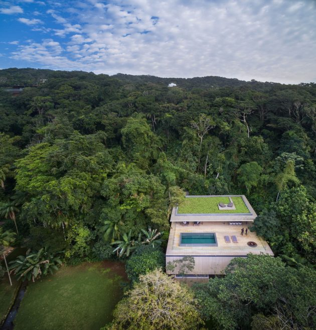 The Jungle House by Studio MK27 in Brazil