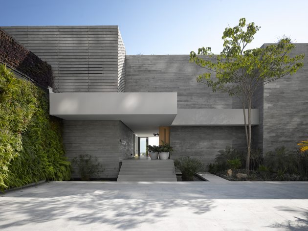 Vallarta House by Ezequiel Farca in Mexico