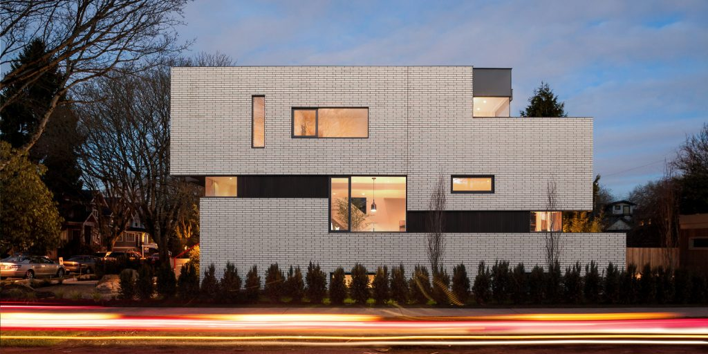 West 11th Residence by Randy Bens Architect in Vancouver, Canada (1)